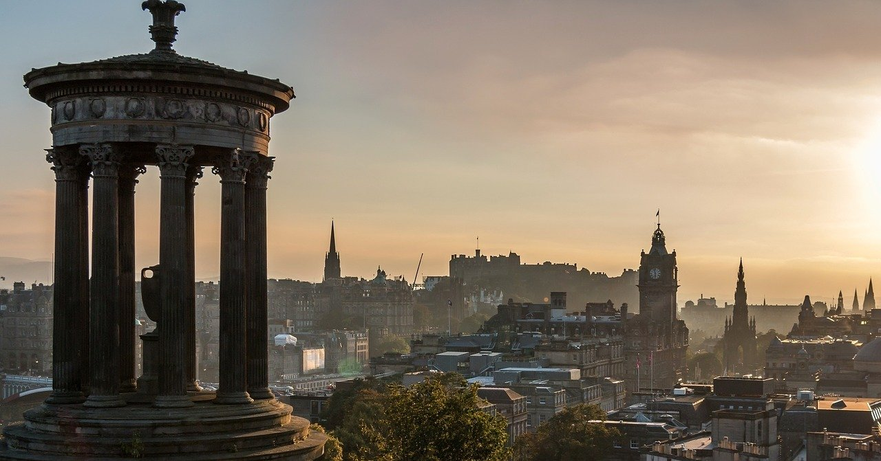 Everything You Need To Know About Edinburgh Bus Tours