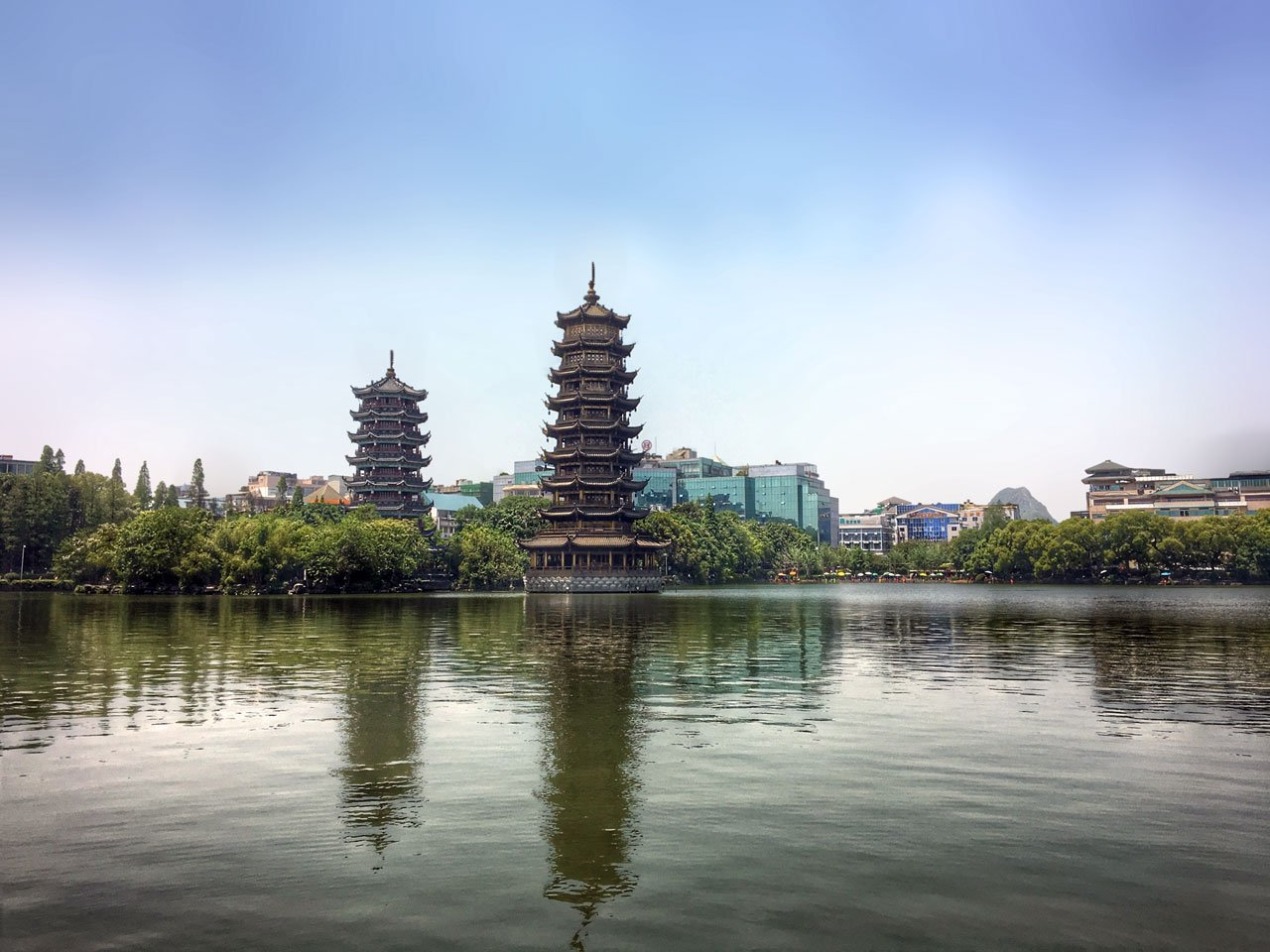 Twin Pagodas in Guilin, China | Image © ExpatAlli.com