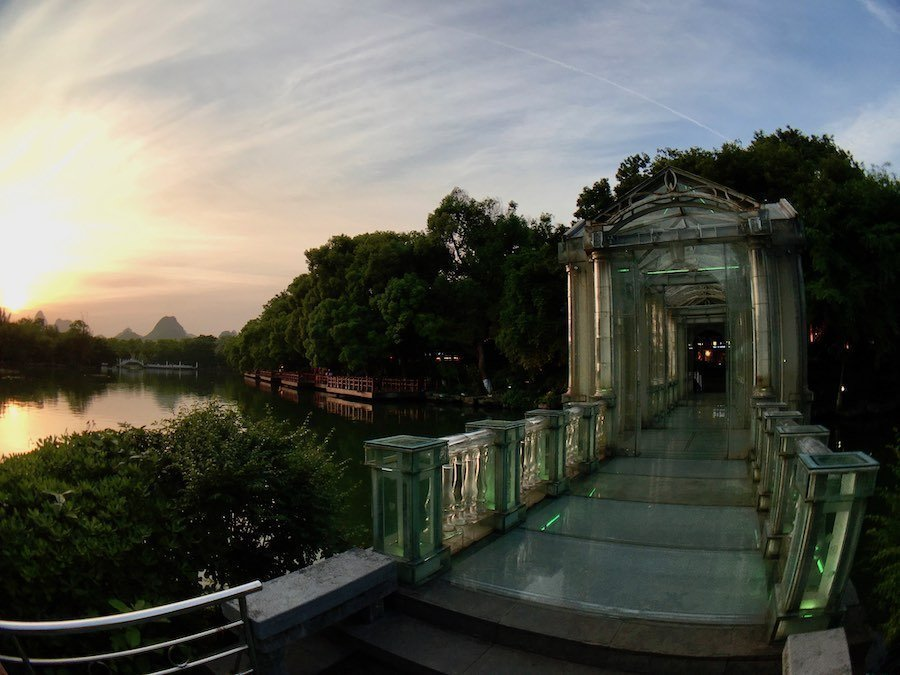 Guilin's Crystal Glass Bridge | Image © ExpatAlli.com