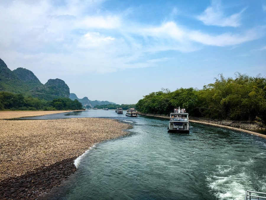 Boats on China's Li River | Image © ExpatAlli.com