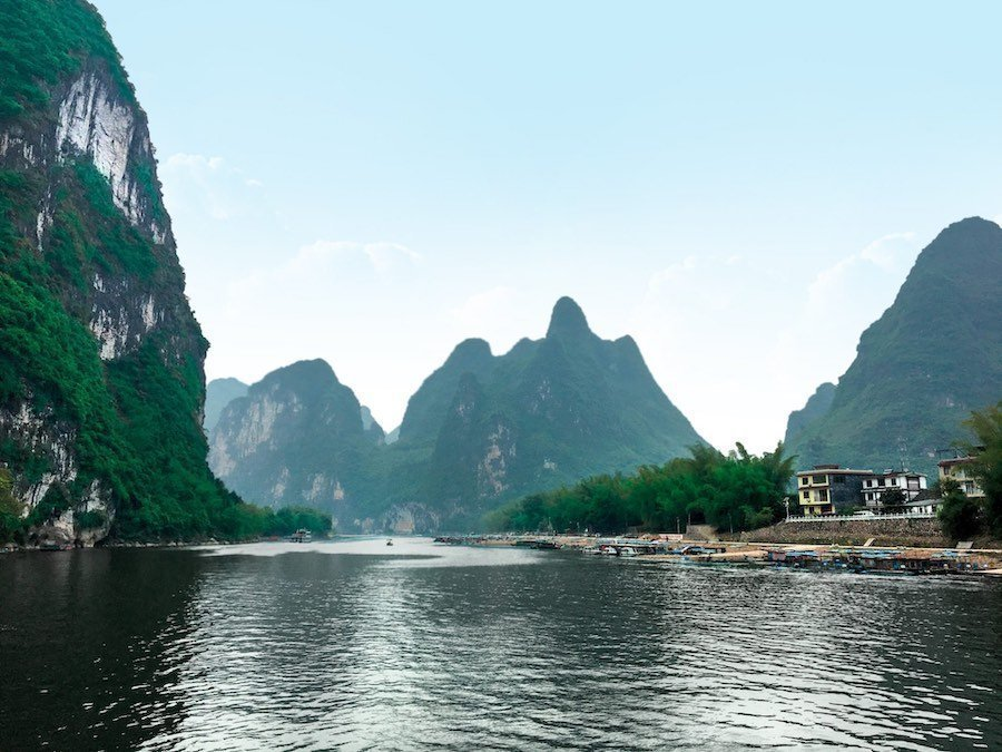 Scenery on China's Li River | Image © ExpatAlli.com