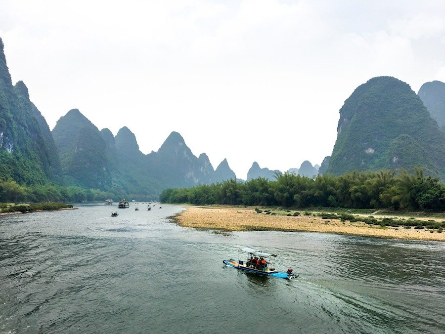 Raft on the Li River | Image © ExpatAlli.com