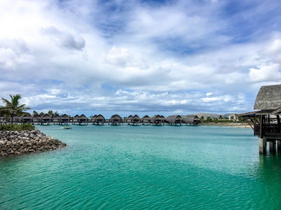Overwater bungalows at the Marriott Resort at Fiji's Momi Bay | Image © ExpatAlli.com