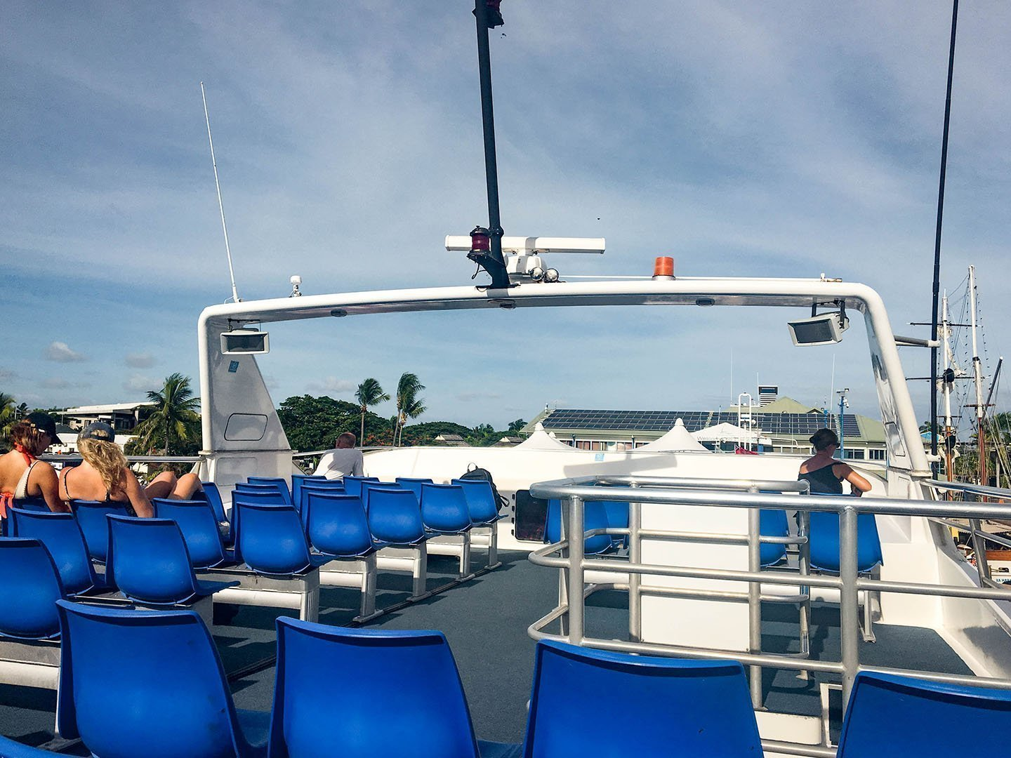 Top deck of the Yasawa Flyer | Image © ExpatAlli.com