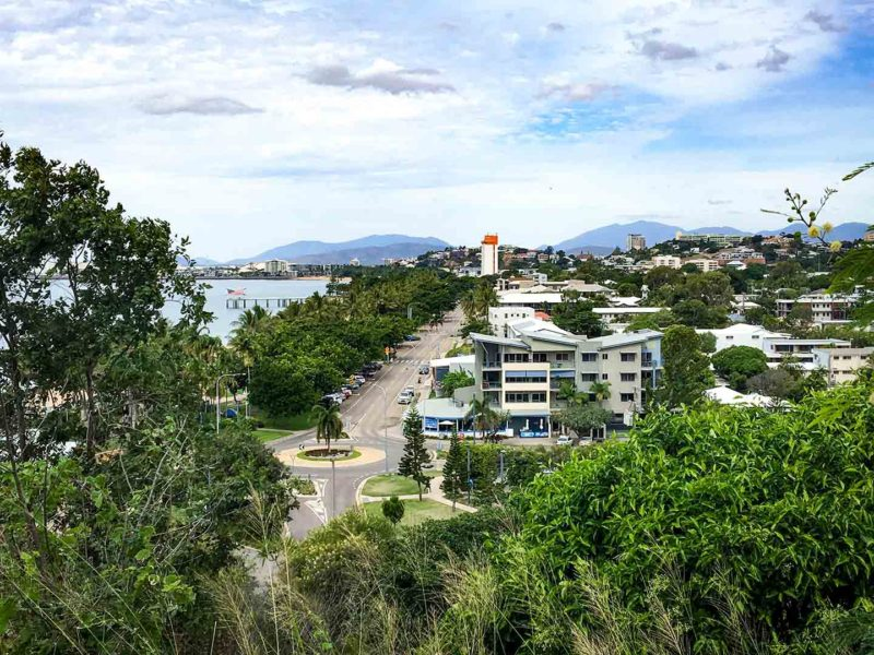 Image of The Strand in Townsville, Australia | Image © ExpatAlli.com